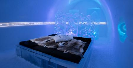 a room of ice and snow at Icehotel